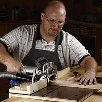 Об охране труда плотника