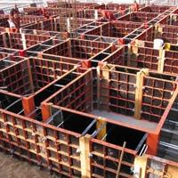 Меры безопасности при проведении монолитных работ Мелкощитовая опалубка