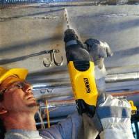 Безопасность при работе с электроинструментом