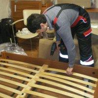 Техника безопасности при сборке комплекта мебели для спальни