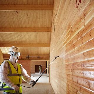 Охрана труда при работах с пропитками для древесины