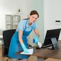 Преимущества использования услуг по уборке офиса