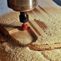 О безопасности работы на деревообрабатывающих фрезеровочных станках фрезеровка МДФ