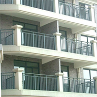 О безопасности балконных ограждений