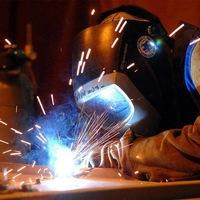 Техника безопасности при работе с аппаратами ручной электродуговой сварки