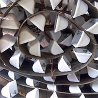 О безопасности эксплуатации промышленных конвейерных установок ковш нории пластиковый