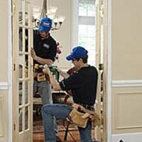 Охрана труда при ремонте межкомнатных и входных дверей