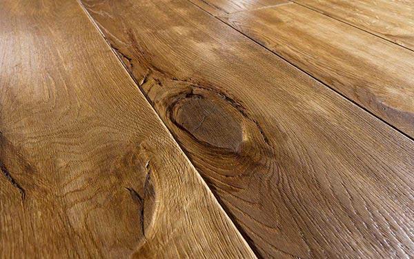 Правила отделки древесины воском