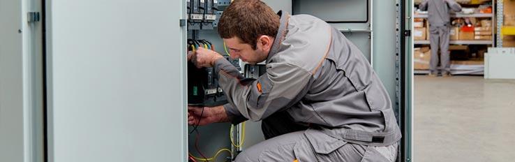 Техника безопасности при электромонтажных работах с использованием ГРЩ