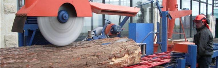 Техника безопасности при работе на круглопильном станке для продольной распиловки